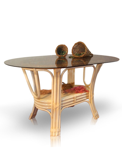 Mobilier en rotin salles manger table irma for Table a manger en rotin